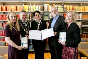 Alison Lyons, Lord Mayor Brendan Carr,Lina Kouzai, National Council for the Blind, Author Joe Joyce, Margaret Hayes,